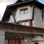 Къщата с маковете